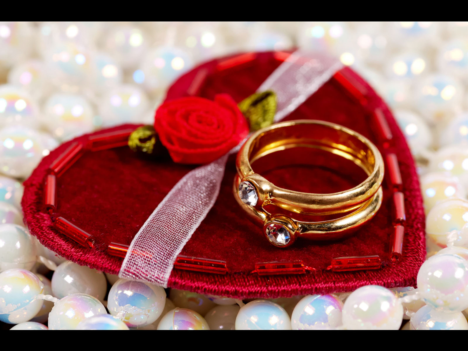 Valentine Gifts For Her Romantic. Romantic Valentines Gift For Her ...